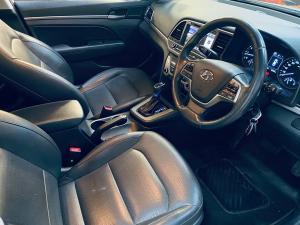 Hyundai Elantra 1.6 Executive auto - Image 8