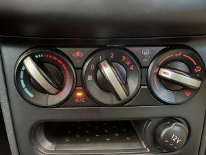 Nissan Qashqai 1.6 Acenta - Image 6
