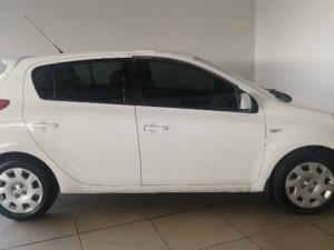 Hyundai i20 1.4 GL - Image 4