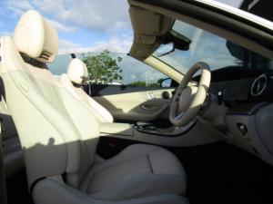 Mercedes-Benz E 300 Cabriolet - Image 4