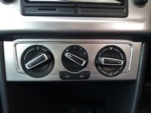 Volkswagen Polo hatch 1.0TSI BlueMotion - Image 14