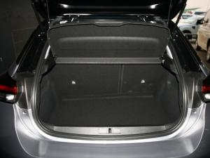 Opel Corsa 1.2T Elegance - Image 13