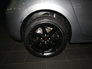 Opel Corsa 1.2T Elegance - Image 6