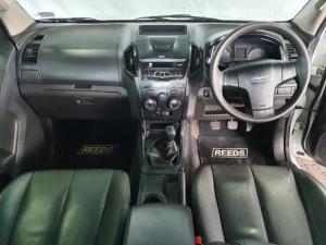 Isuzu KB 250D-Teq double cab Hi-Rider - Image 11