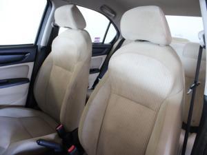 Honda Amaze 1.2 Comfort auto - Image 6