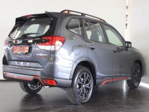 Subaru Forester 2.5i-Sport ES - Image 3