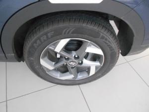 Hyundai Venue 1.0T Fluid auto - Image 5