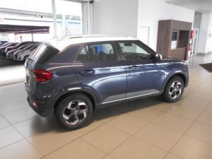 Hyundai Venue 1.0T Fluid auto - Image 8