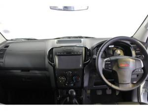 Isuzu D-Max 250 double cab 4x4 X-Rider - Image 7