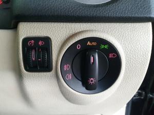 Volkswagen Tiguan 2.0TDI Sport&Style 4Motion auto - Image 13