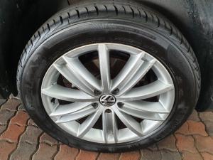 Volkswagen Tiguan 2.0TDI Sport&Style 4Motion auto - Image 7