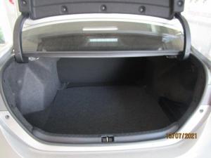 Toyota Corolla Quest 1.8 Prestige CVT - Image 11