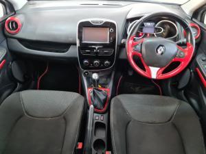 Renault Clio IV 900 T Expression 5-Door - Image 5
