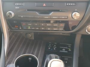 Lexus RX 350 EX - Image 17