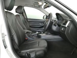 BMW 3 Series 320i auto - Image 6