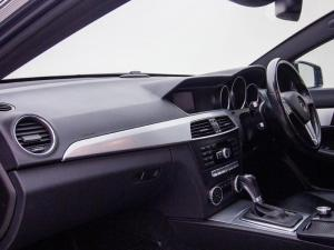 Mercedes-Benz C250 BE Coupe automatic - Image 6