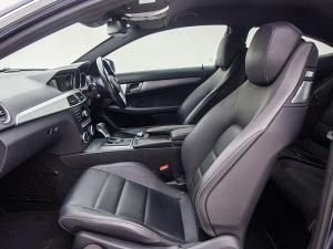 Mercedes-Benz C250 BE Coupe automatic - Image 8