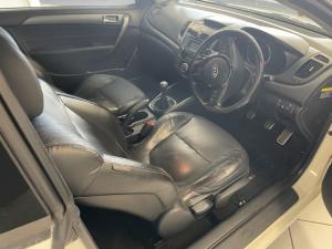 Kia Cerato hatch 1.6 EX - Image 10