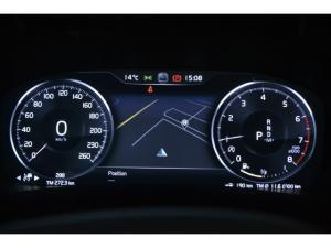 Volvo XC40 T3 R-Design auto - Image 10