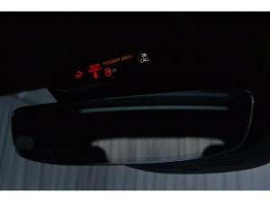 Volvo XC40 T3 R-Design auto - Image 11