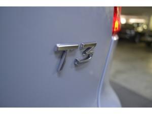 Volvo XC40 T3 R-Design auto - Image 14