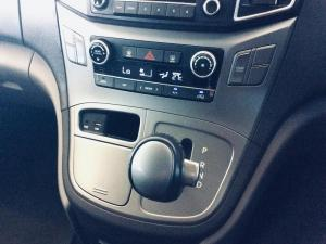 Hyundai H-1 2.5 Crdi A/T/ 2.5 Elite automatic - Image 13