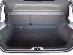 Renault Clio 66kW turbo Authentique - Image 12
