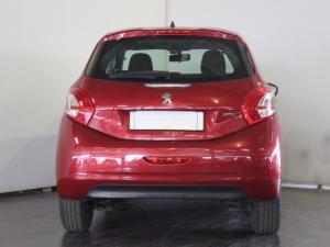 Peugeot 208 5-door 1.2 Active - Image 4