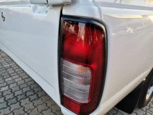Nissan Hardbody NP300 2.0i LWBS/C - Image 10