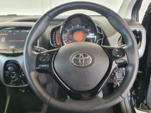 Toyota Aygo 1.0 X-Clusiv - Image 13