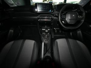 Peugeot 208 1.2 Active - Image 10