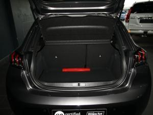 Peugeot 208 1.2 Active - Image 13
