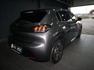 Peugeot 208 1.2 Active - Image 3