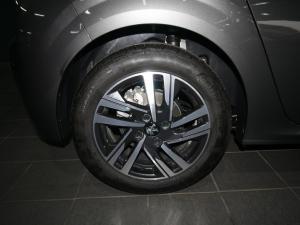Peugeot 208 1.2 Active - Image 6