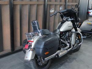 Harley Davidson Heritage Classic - Image 4
