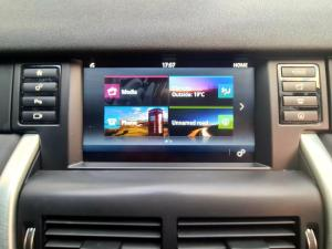 Land Rover Discovery Sport 2.0i4 D HSE - Image 19