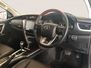 Toyota Fortuner 2.8GD-6 Epic automatic - Image 12
