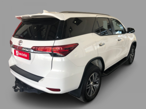 Toyota Fortuner 2.8GD-6 Epic automatic - Image 7