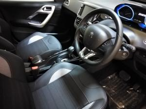 Peugeot 2008 1.2T Allure - Image 8