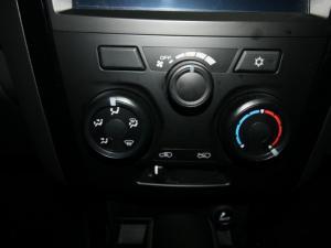 Isuzu D-Max 300 3.0TD double cab X-Rider - Image 19