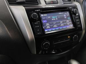 Nissan Navara 2.3D double cab SE auto - Image 10