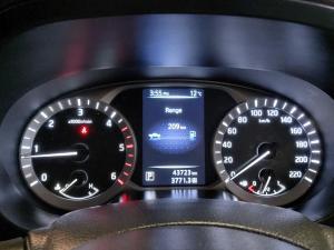 Nissan Navara 2.3D double cab SE auto - Image 8