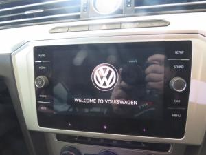 Volkswagen Passat 1.4 TSI Luxury DSG - Image 13