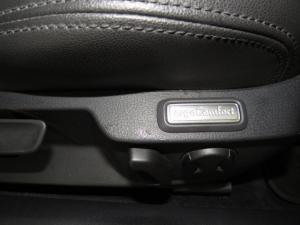 Volkswagen Passat 1.4 TSI Luxury DSG - Image 17