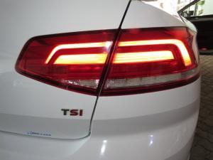 Volkswagen Passat 1.4 TSI Luxury DSG - Image 22