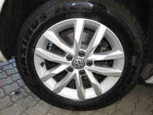 Volkswagen Passat 1.4 TSI Luxury DSG - Image 24