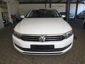 Volkswagen Passat 1.4 TSI Luxury DSG - Image 2