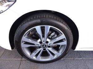 Mercedes-Benz C200 automatic - Image 10
