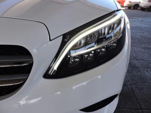 Mercedes-Benz C200 automatic - Image 5