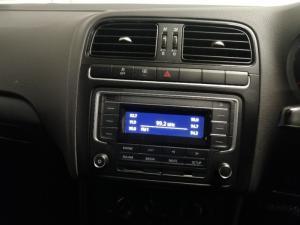Volkswagen Polo Vivo hatch 1.6 Comfortline auto - Image 15